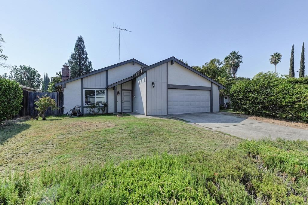 Photo of 8066 Bayberry Court, Citrus Heights, CA 95610 (MLS # 221117378)