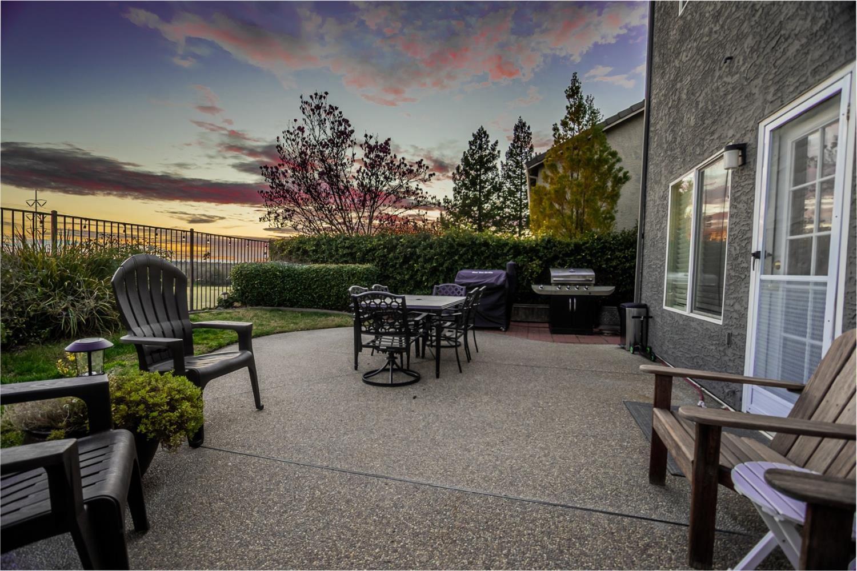 Photo of 5320 Fenton Way, Granite Bay, CA 95746 (MLS # 221006382)