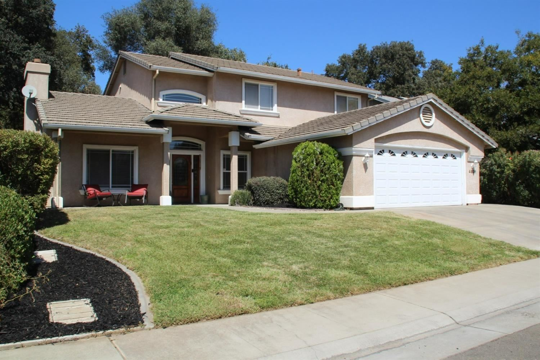 Photo of 4931 Silver Ranch Way, Carmichael, CA 95608 (MLS # 221111384)