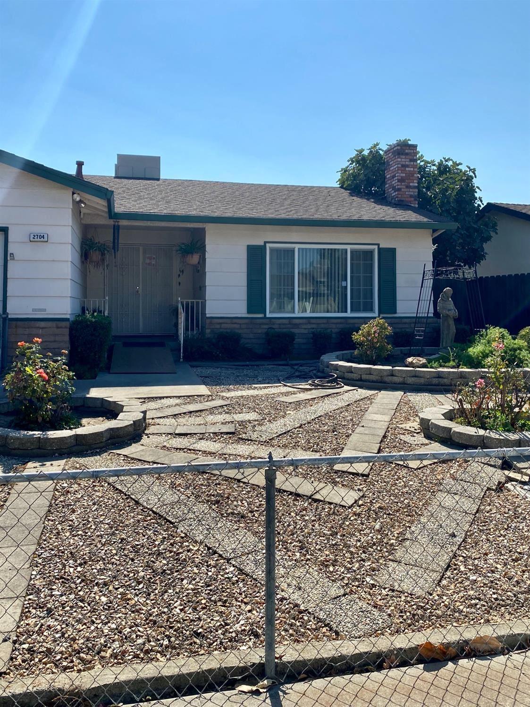 Photo of 2704 Standford Avenue, Ceres, CA 95307 (MLS # 20063390)