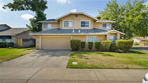 Photo of 390 Elgin Avenue, Lodi, CA 95240 (MLS # 20046396)