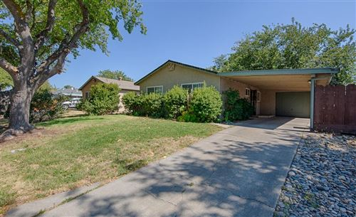 Photo of 106 East 21st Street, Tracy, CA 95376 (MLS # 20046402)