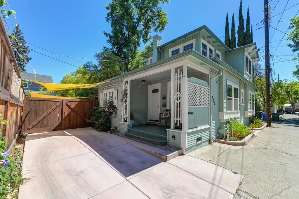 1433 SANTA YNEZ Way, Sacramento, CA 95816 - MLS#: 221091403