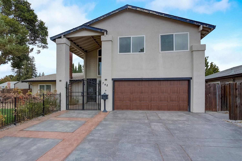 742 Cross Street, Woodland, CA 95695 - MLS#: 221135408