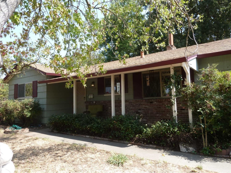 Photo of 10376 Holmes Way, Rancho Cordova, CA 95670 (MLS # 221115411)