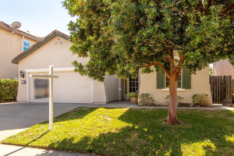 Photo of 913 Lavastone Lane, Lincoln, CA 95648 (MLS # 221123413)