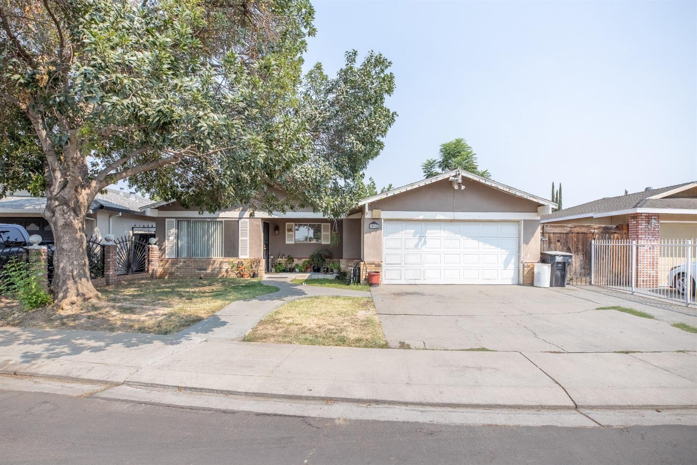 1913 Lone Pine, Modesto, CA 95351 - MLS#: 221113419