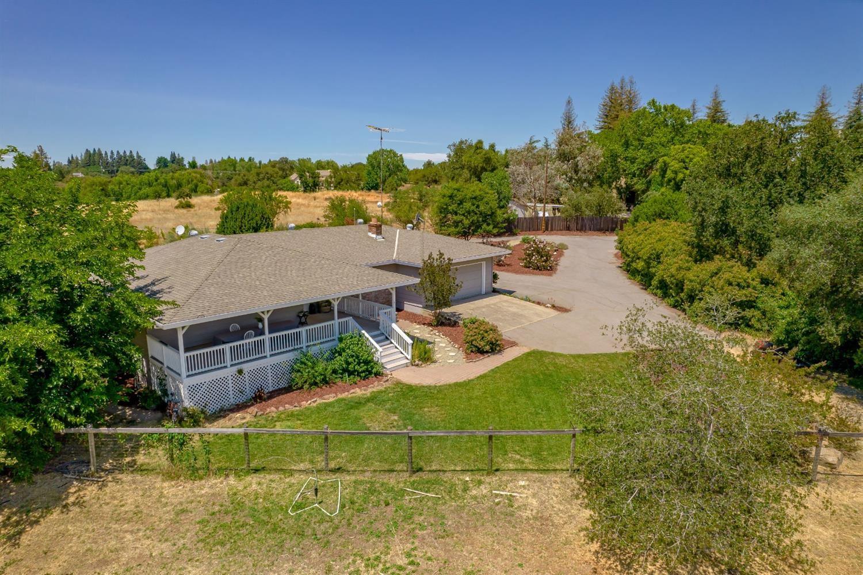 Photo of 6112 Laird Road, Loomis, CA 95650 (MLS # 221069420)
