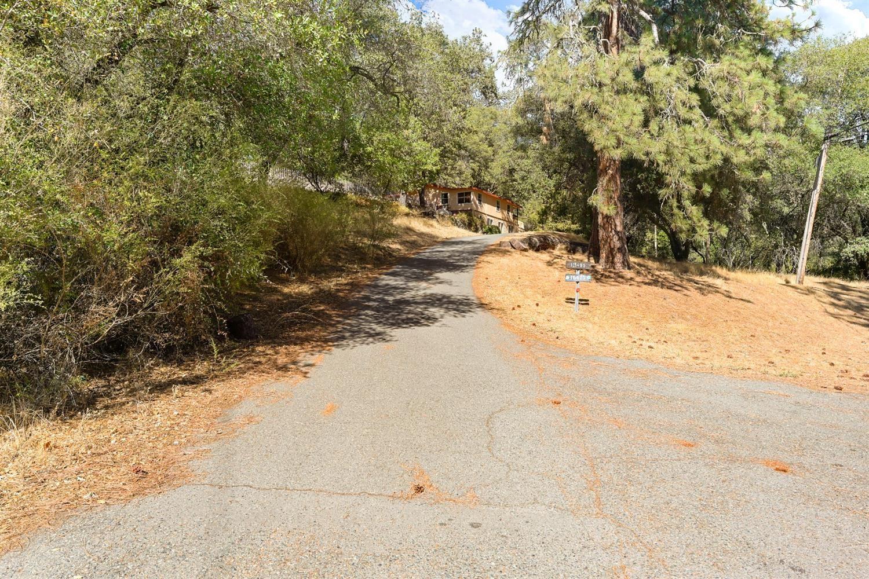 Photo of 16475 Applegate Road, Applegate, CA 95703 (MLS # 221133437)