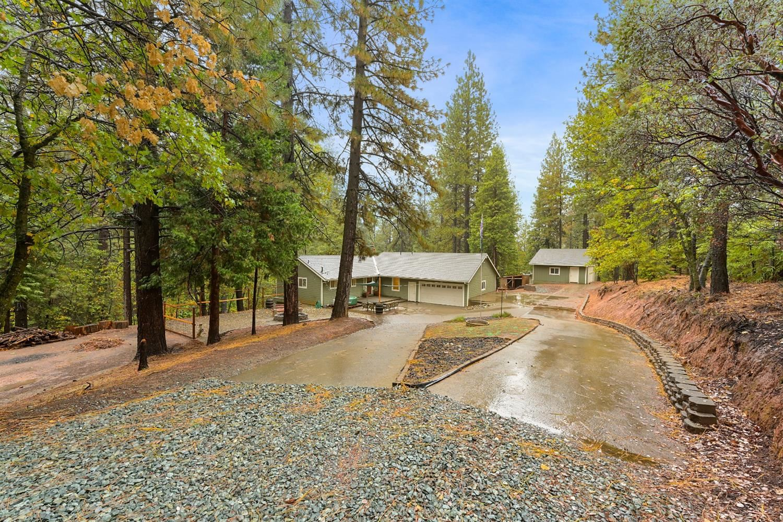 Photo of 5817 Fallen Oak Trail, Pollock Pines, CA 95726 (MLS # 221137439)