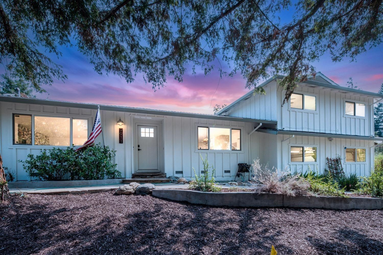 Photo of 9911 Vance Lane, Folsom, CA 95630 (MLS # 221110440)