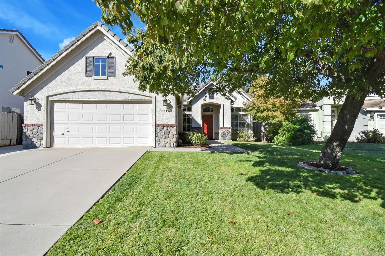 Photo of 2849 Pitzer Circle, West Sacramento, CA 95691 (MLS # 221133445)