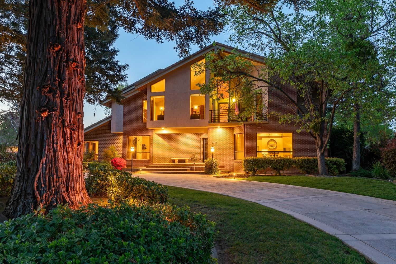 Photo of 6355 Fern Leaf Drive, Granite Bay, CA 95746 (MLS # 221027447)