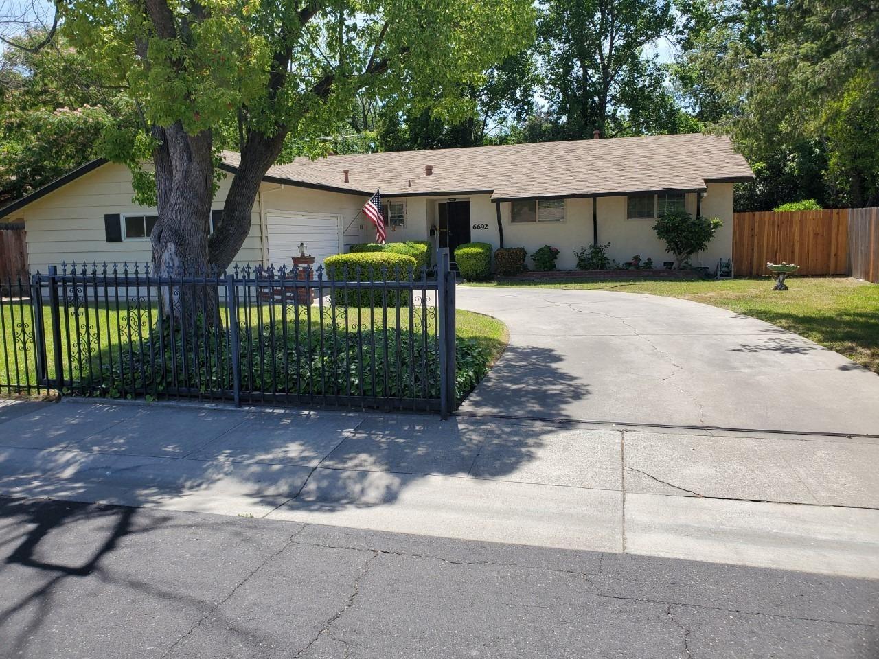 6692 Heatherwood Way, Sacramento, CA 95831 - MLS#: 221060456