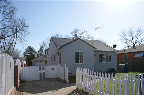 Photo of 4724 Baker Avenue, Sacramento, CA 95820 (MLS # 221015457)