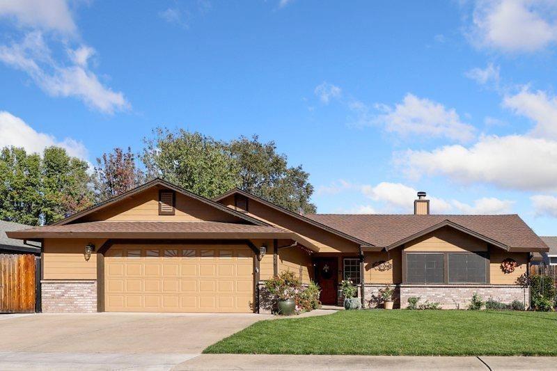Photo of 8667 Imran Woods Circle, Citrus Heights, CA 95621 (MLS # 20062459)