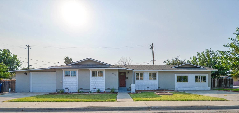1902 Lynn Avenue, Dos Palos, CA 93620 - MLS#: 221118460