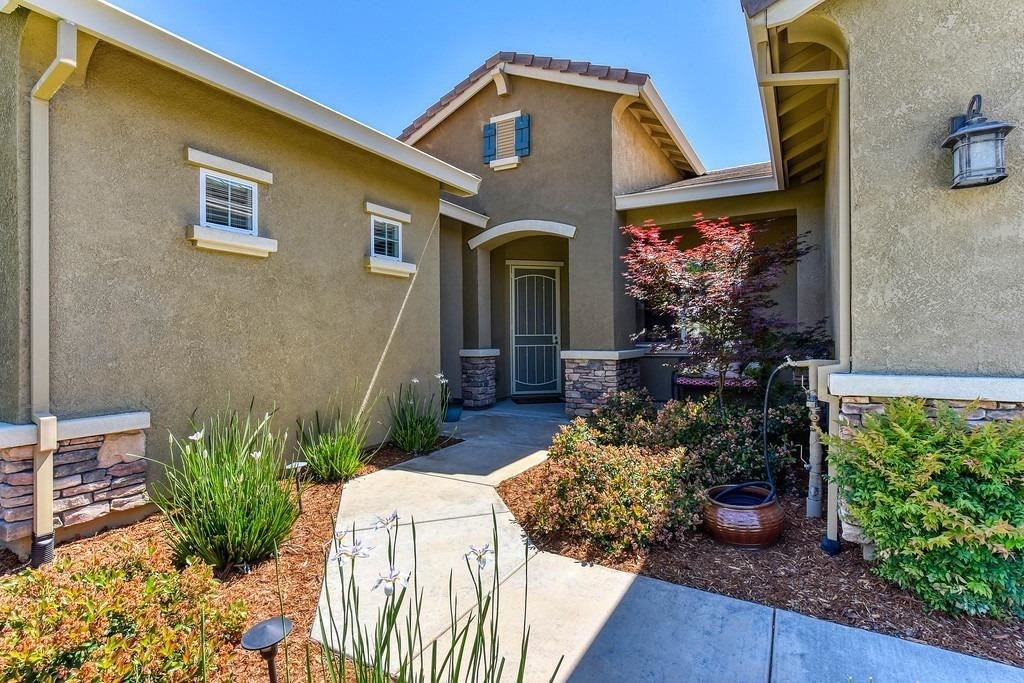 Photo of 5565 Aspen Meadows Drive, El Dorado Hills, CA 95762 (MLS # 221049466)