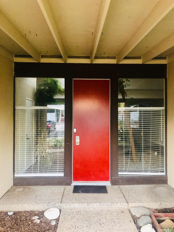 Photo of 8716 Seckel Court, Elk Grove, CA 95624 (MLS # 20056470)