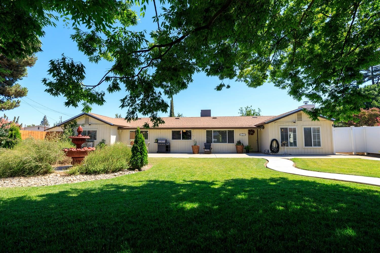 1119 Maple Drive, Oakdale, CA 95361 - MLS#: 221089474