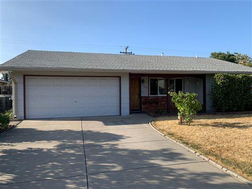 Photo of 2528 Stansberry Way, Sacramento, CA 95826 (MLS # 20056475)