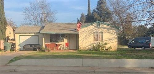 Photo of 820 South Santa Cruz Avenue, Modesto, CA 95351 (MLS # 20077479)