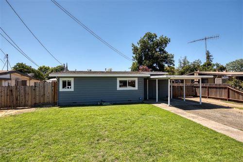 Photo of 1329 Pleasanton Place, Oakdale, CA 95361 (MLS # 20046483)