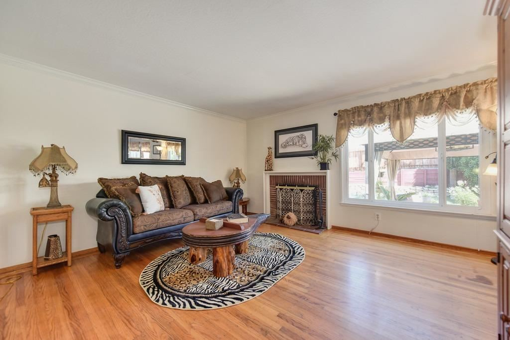 Photo of 5418 Woodleigh Drive, Carmichael, CA 95608 (MLS # 221117484)