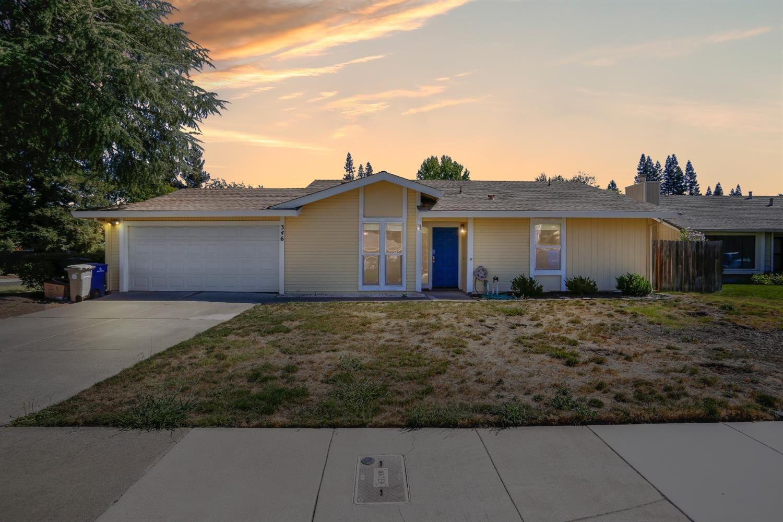346 Zephyr Ranch Drive, Sacramento, CA 95831 - MLS#: 221111489