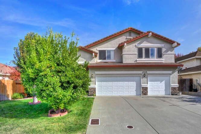 1052 L Aloutte Way, Sacramento, CA 95831 - MLS#: 221135494
