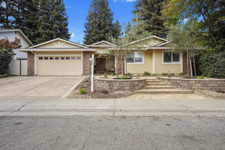 Photo of 5221 Shelato Way, Carmichael, CA 95608 (MLS # 221114495)
