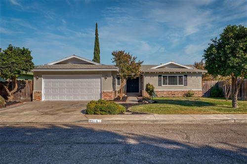 Photo of 221 Earlham Drive, Turlock, CA 95382 (MLS # 20063498)
