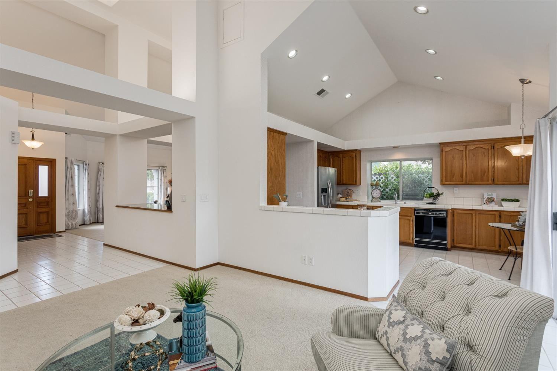 Photo of 104 Cannington Lane, Folsom, CA 95630 (MLS # 221010501)