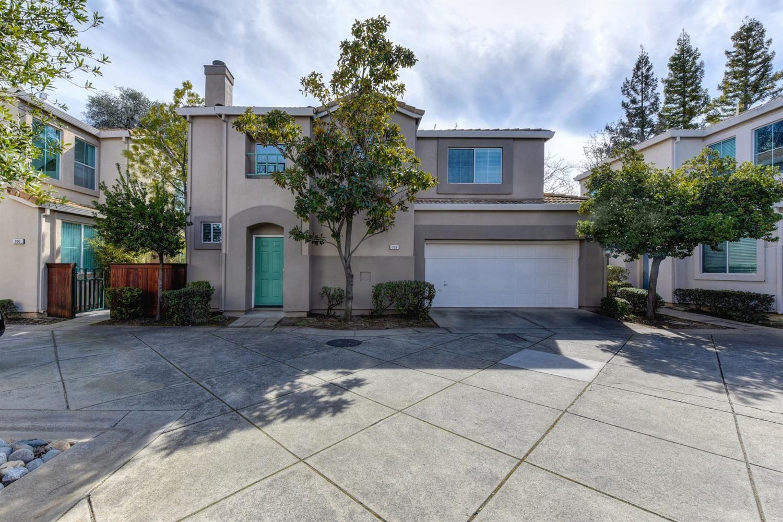 Photo of 203 Towering Oaks Court, Folsom, CA 95630 (MLS # 221011506)