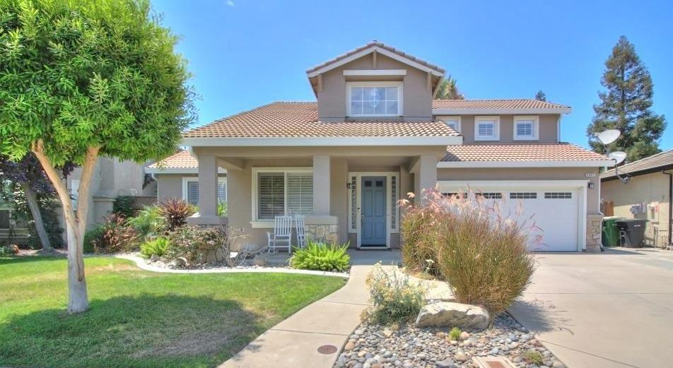 Photo for 4401 Crown Valley Way, Modesto, CA 95356 (MLS # 221087507)