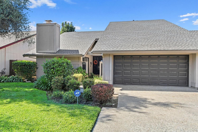 Photo of 4720 Olive Oak Way, Carmichael, CA 95608 (MLS # 20057509)