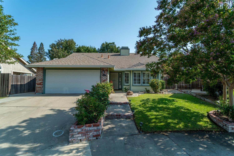 5613 Sickle Court, Elk Grove, CA 95758 - MLS#: 221090510