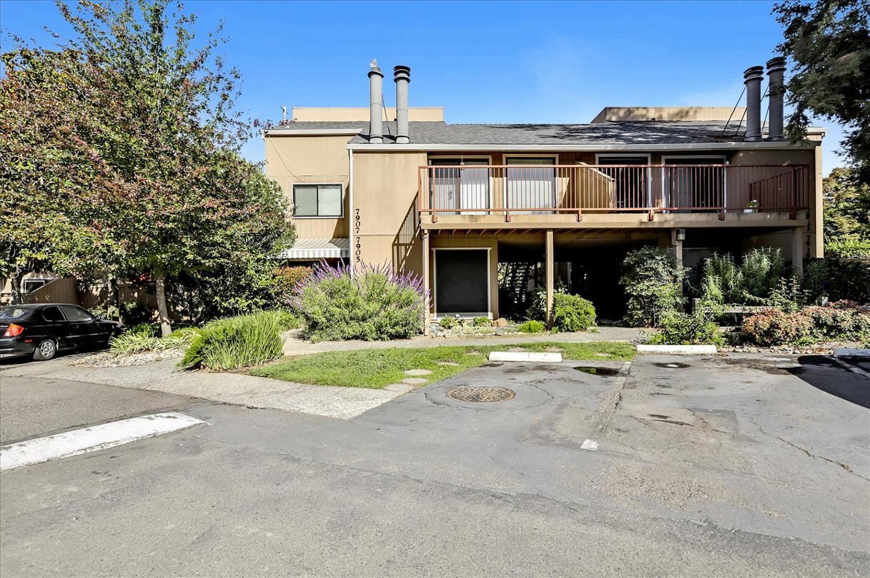 Photo of 7905 Arcade Lake Lane #3, Citrus Heights, CA 95610 (MLS # 221129516)