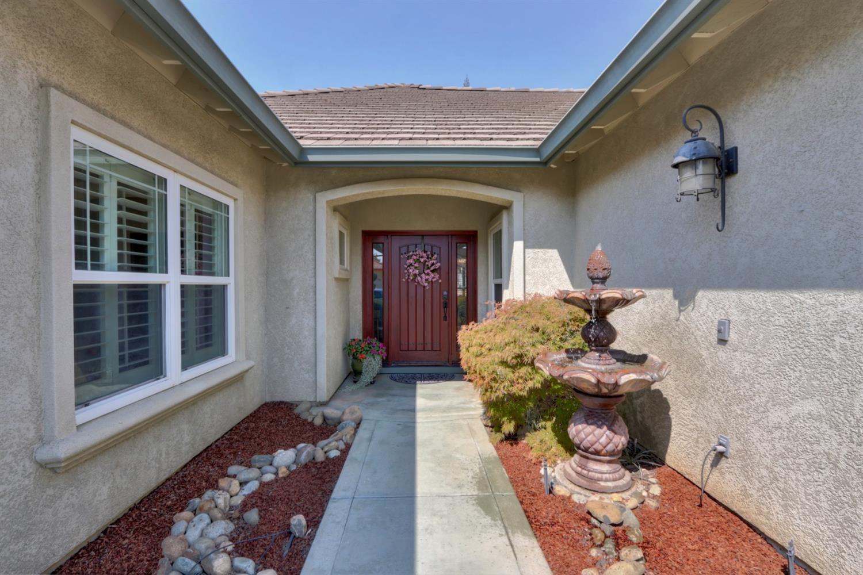 Photo of 8520 Allister Way, Elk Grove, CA 95624 (MLS # 20055528)