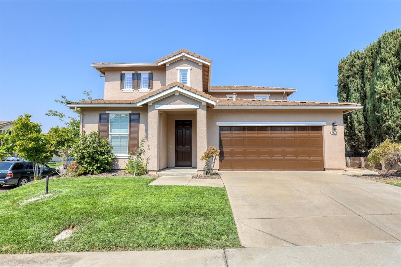 Photo of 3825 Sierra Gold Drive, Antelope, CA 95843 (MLS # 221115528)