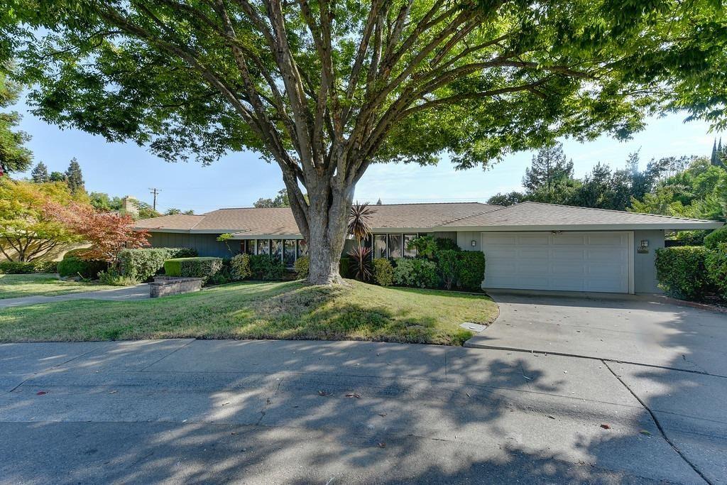Photo of 3920 La Honda Way, Carmichael, CA 95608 (MLS # 221117532)