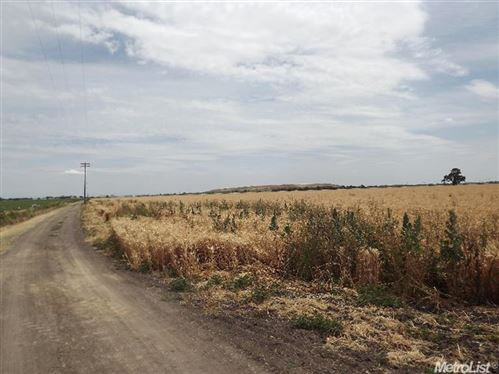 Photo of 8086 South State Route 99 E Fron Road Highway, Stockton, CA 95297 (MLS # 18022537)