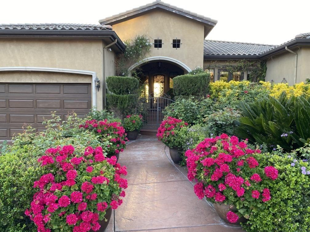 Photo of 767 Heritage Place, Folsom, CA 95630 (MLS # 221027539)
