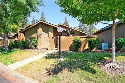 Photo of 220 Ranch Road, Sacramento, CA 95825 (MLS # 221074543)