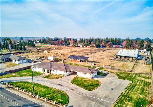 Photo of 6020 Mulberry Avenue, Atwater, CA 95301 (MLS # 20076544)