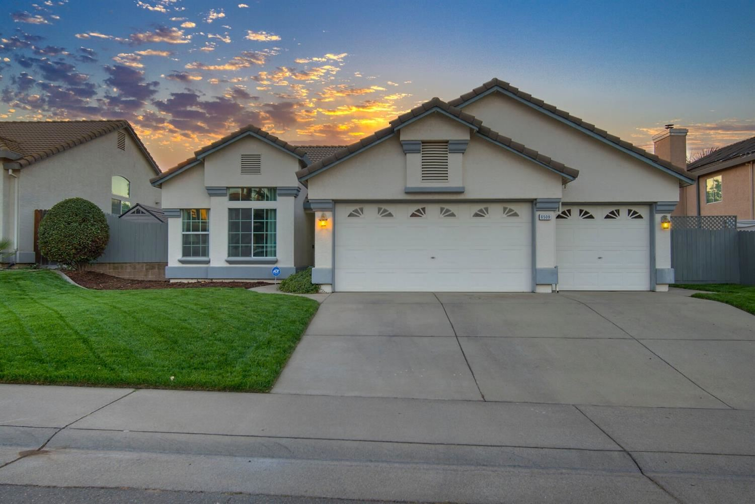 Photo of 8509 Windford Way, Antelope, CA 95843 (MLS # 20063551)
