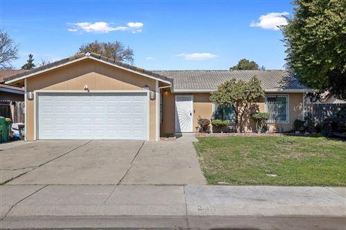 Photo of 2611 Pyrenees Ave, Stockton, CA 95210 (MLS # 221011556)