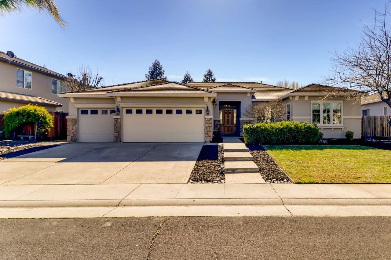 Photo of 1619 Etchingham Drive, Roseville, CA 95747 (MLS # 20082562)