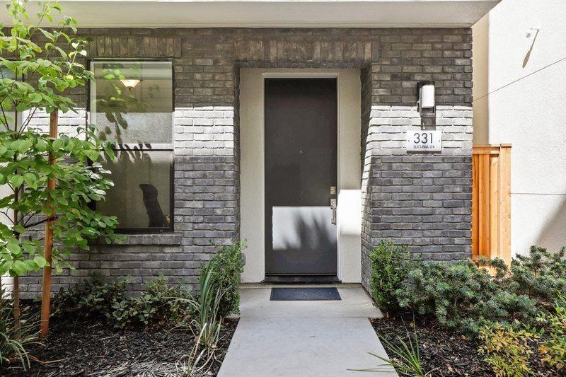331 Lucuma Lane, Sacramento, CA 95814 - MLS#: 221111562