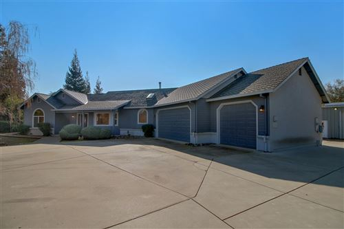 Photo of 10501 Gibbs Drive, Oakdale, CA 95361 (MLS # 20077564)